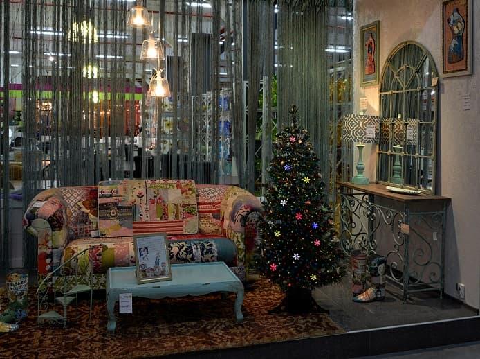 Новогодние елки недорого в наличии!